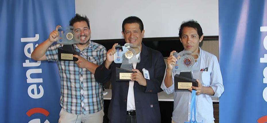 """Entel premia a los ganadores del Concurso de Fotografía Periodística """"Inspírate, Inspira"""""""