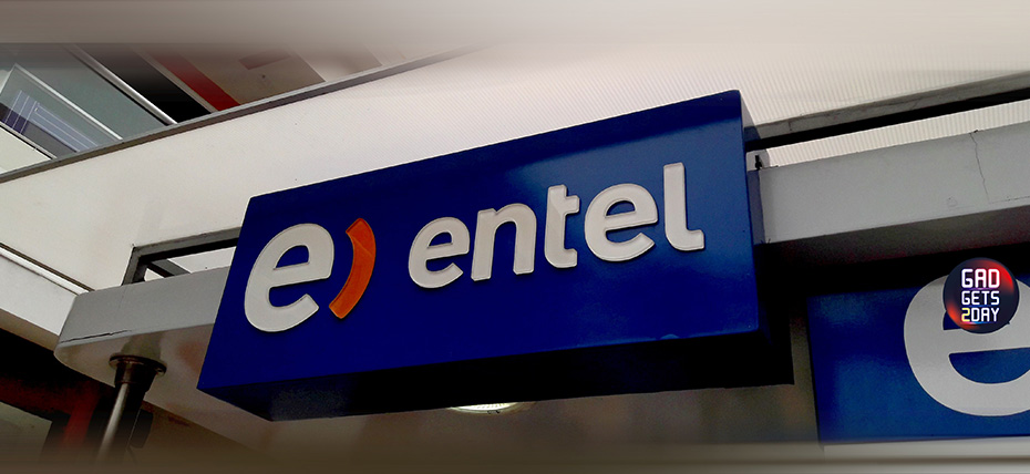 Sobre el auspicio de Entel en Radio Capital