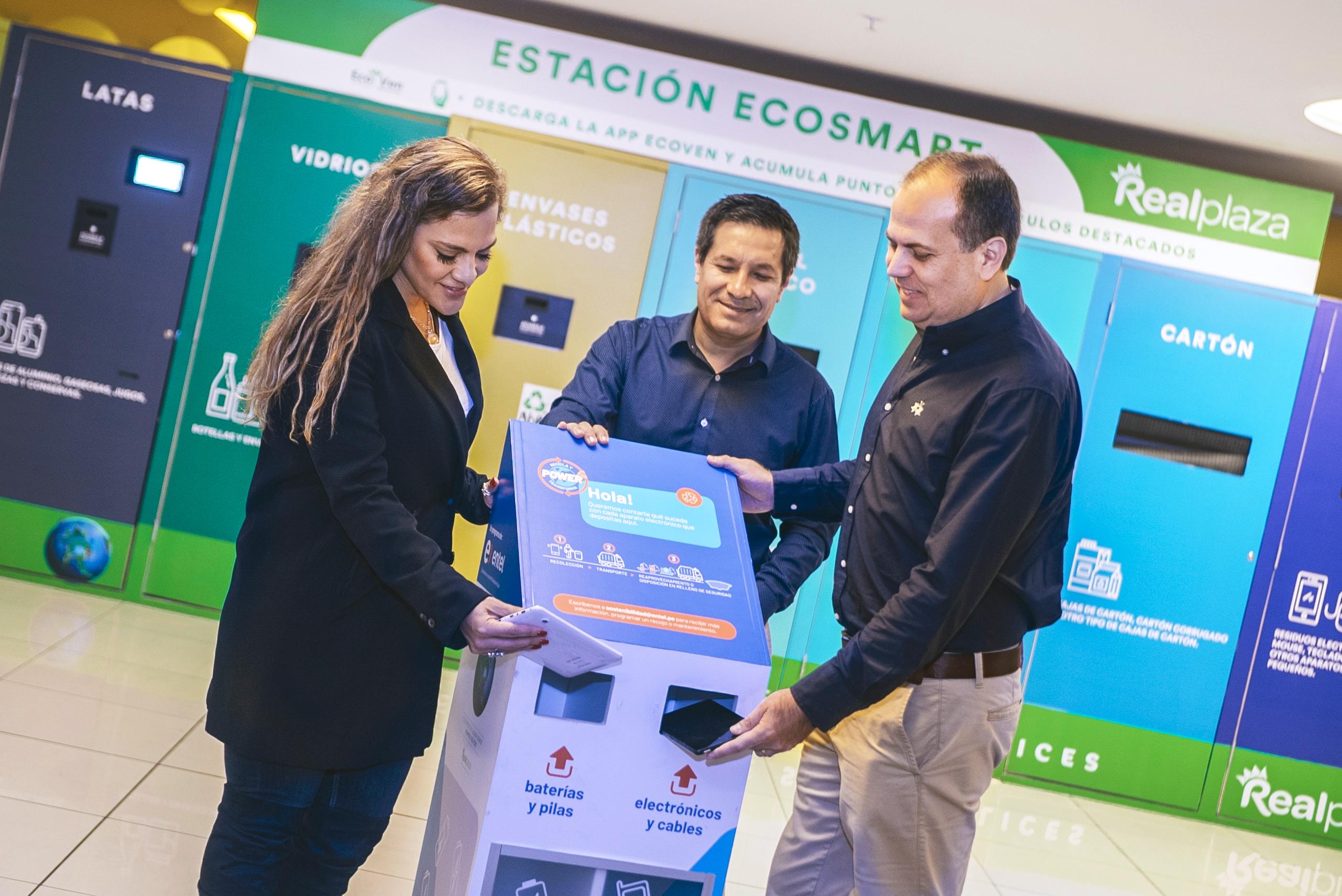 Real Plaza y Entel se unen por el reciclaje electrónico