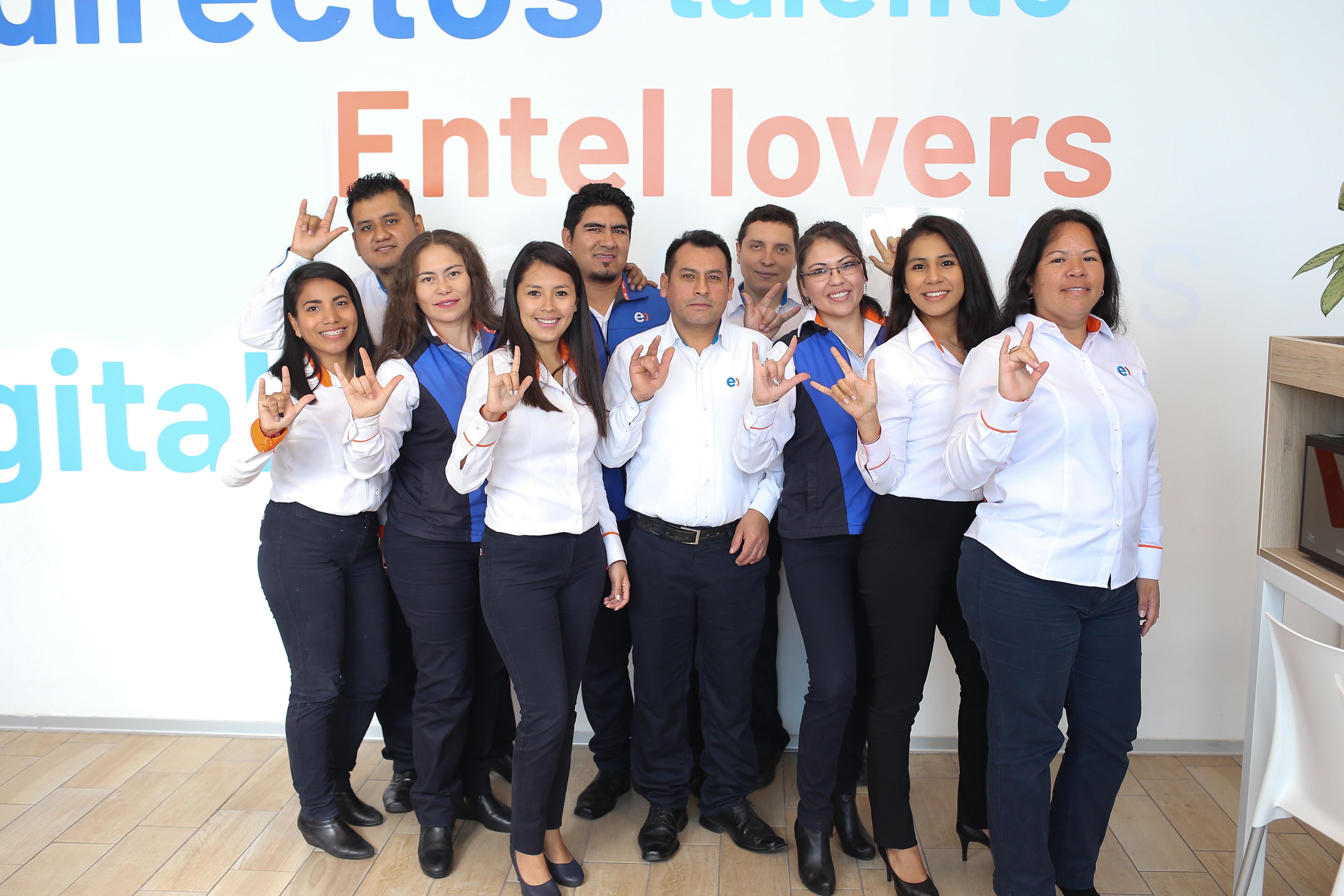 Conoce las nuevas tiendas de Entel en las que ya se atiende en lengua de señas peruanas